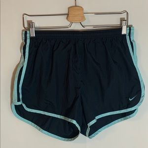 Nike running shorts Size L